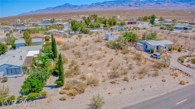 860 Country Place Road, Pahrump, NV 89060 (MLS #2304459) :: The Shear Team