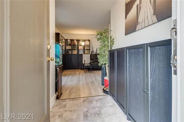 3151 Soaring Gulls Drive #2074, Las Vegas, NV 89128 (MLS #2306973) :: Galindo Group Real Estate
