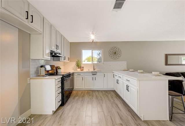 3017 Palm Springs Way, Las Vegas, NV 89102 (MLS #2307965) :: Custom Fit Real Estate Group