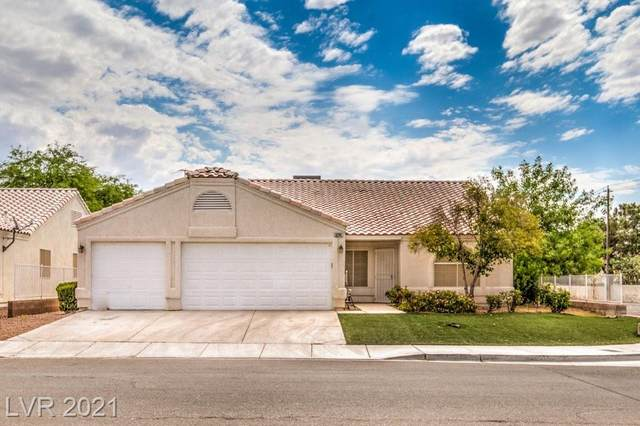 5202 Scott Robinson Boulevard, North Las Vegas, NV 89031 (MLS #2308828) :: Lindstrom Radcliffe Group