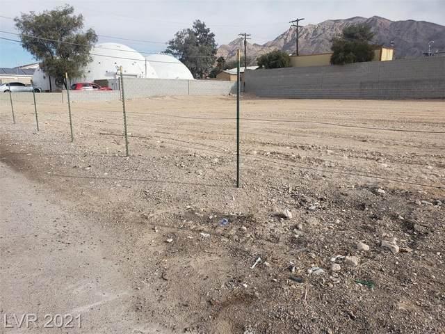 6310 E Charleston Boulevard, Las Vegas, NV 89142 (MLS #2312112) :: Lindstrom Radcliffe Group