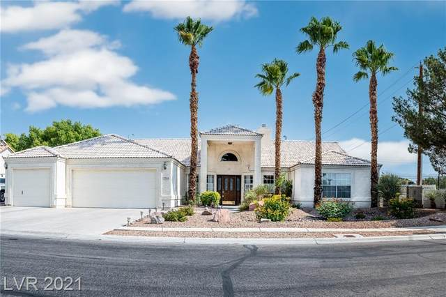 7310 Woodstone Court, Las Vegas, NV 89129 (MLS #2313219) :: Lindstrom Radcliffe Group