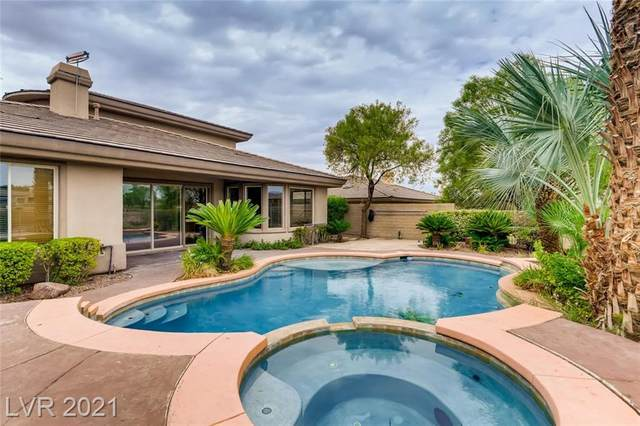 14 Eagle Chase Court, Henderson, NV 89052 (MLS #2318185) :: Kypreos Team