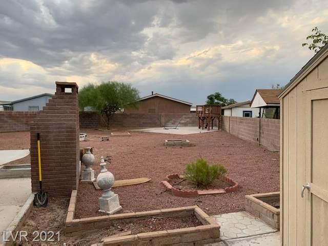 3916 Calle Tereon, Las Vegas, NV 89103 (MLS #2319185) :: The Perna Group
