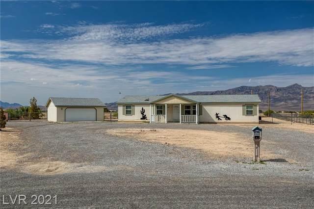 2821 E Desert Hills Circle, Pahrump, NV 89048 (MLS #2319599) :: Keller Williams Realty