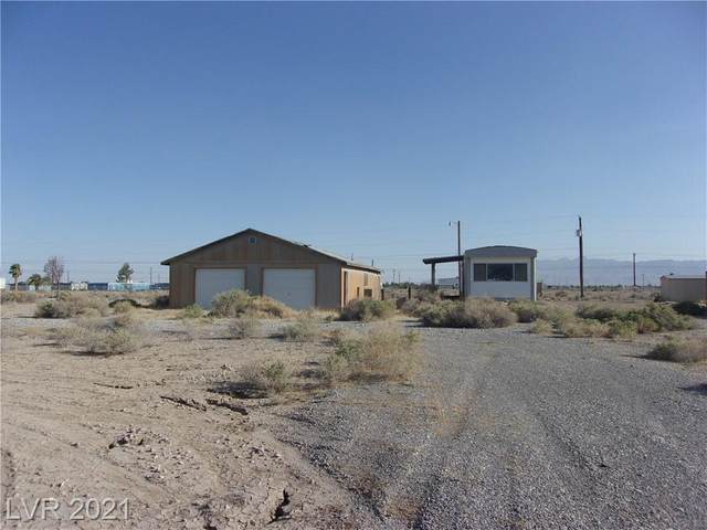 1361 W Hardy Lane, Pahrump, NV 89048 (MLS #2324899) :: Jeffrey Sabel