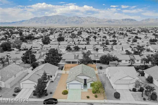 628 Bright Lights Avenue, North Las Vegas, NV 89031 (MLS #2330322) :: Lindstrom Radcliffe Group