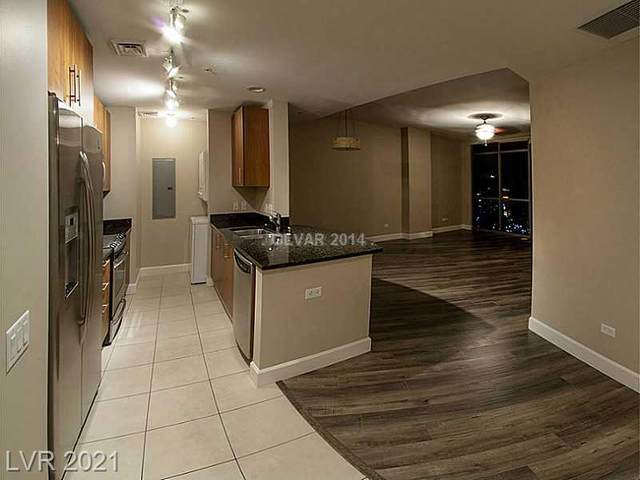 200 W Sahara Avenue #3404, Las Vegas, NV 89102 (MLS #2330863) :: Keller Williams Realty