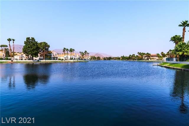 2117 Harbor Cliff Drive, Las Vegas, NV 89128 (MLS #2331180) :: Custom Fit Real Estate Group
