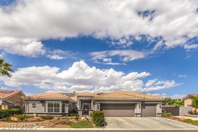 7221 Chaparral Cove Lane, Las Vegas, NV 89131 (MLS #2332413) :: Lindstrom Radcliffe Group