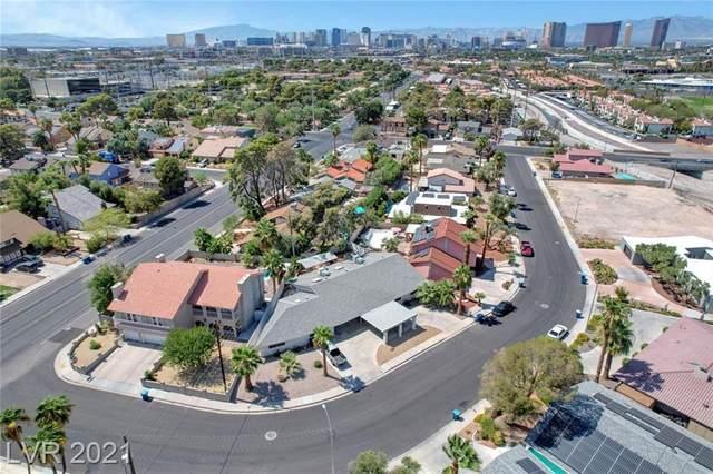 1951 Papago Lane, Las Vegas, NV 89169 (MLS #2333080) :: The TR Team