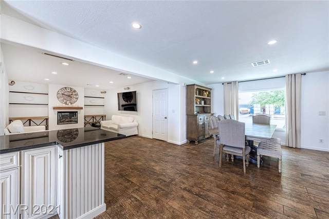 243 Fullerton Avenue, Henderson, NV 89015 (MLS #2334169) :: Custom Fit Real Estate Group