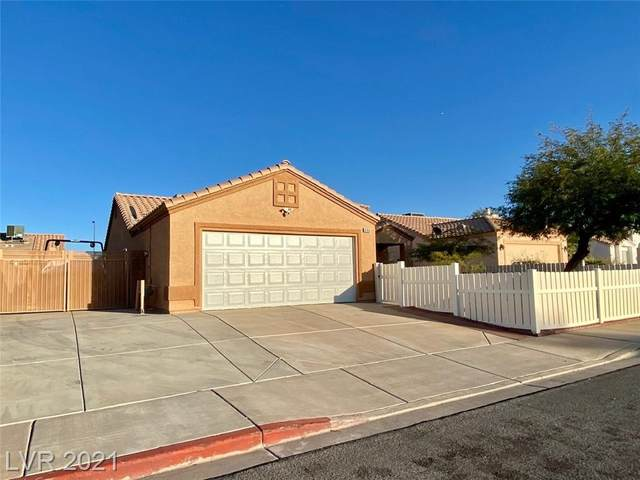 806 Mesa Pine Court, Henderson, NV 89015 (MLS #2342678) :: Lindstrom Radcliffe Group