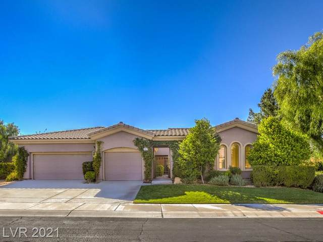 19 Contra Costa Place, Henderson, NV 89052 (MLS #2343158) :: Alexander-Branson Team | Realty One Group