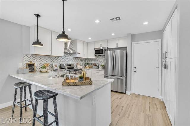 214 Pocahontas Court, Henderson, NV 89074 (MLS #2343242) :: Signature Real Estate Group