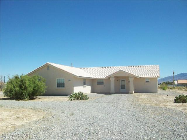 1531 W Hickory, Pahrump, NV 89048 (MLS #2114383) :: The Snyder Group at Keller Williams Marketplace One