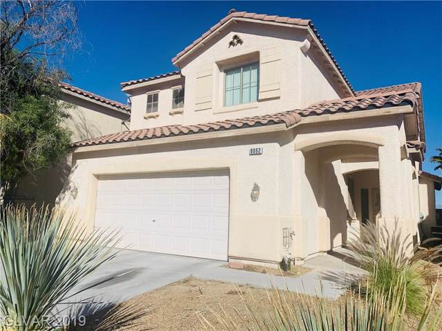 8062 Villa Avada Court, Las Vegas, NV 89113 (MLS #2135204) :: The Lindstrom Group