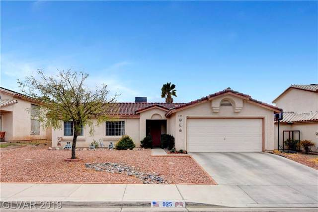 925 Sunnyfield, Henderson, NV 89015 (MLS #2135683) :: Signature Real Estate Group