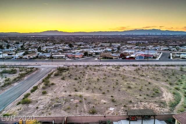 Pueblo, Henderson, NV 89015 (MLS #2160235) :: The Lindstrom Group