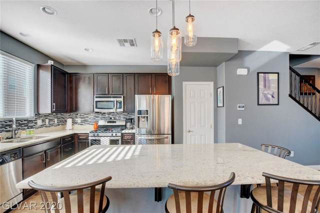 6863 Adventure Bay, Las Vegas, NV 89142 (MLS #2165530) :: Signature Real Estate Group