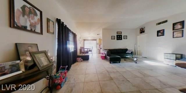 5058 Maple Tree Avenue, Las Vegas, NV 89122 (MLS #2240429) :: Hebert Group | Realty One Group