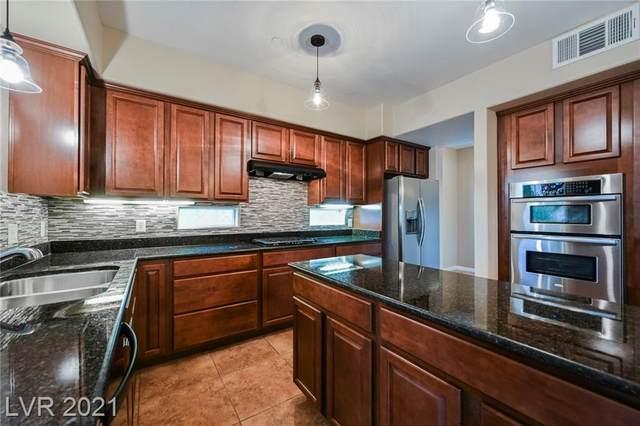 2555 Hampton Road #5206, Henderson, NV 89052 (MLS #2269217) :: Signature Real Estate Group