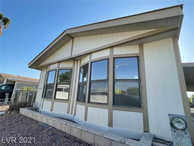 1799 Royal Estates Drive, Las Vegas, NV 89115 (MLS #2286041) :: Lindstrom Radcliffe Group