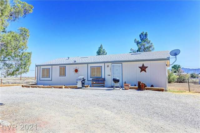 3051 Shelly Lane, Pahrump, NV 89048 (MLS #2289883) :: Signature Real Estate Group