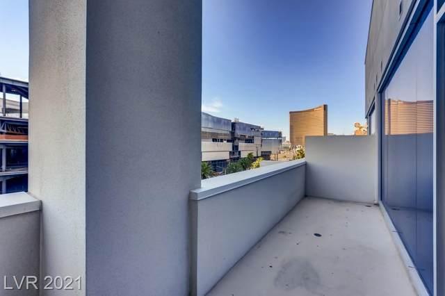 2700 Las Vegas Boulevard #403, Las Vegas, NV 89109 (MLS #2297858) :: Lindstrom Radcliffe Group