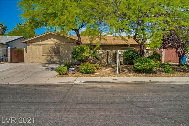 1812 Snughaven Court, Las Vegas, NV 89108 (MLS #2300256) :: Lindstrom Radcliffe Group