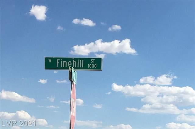 1770 Finehill Street, Pahrump, NV 89060 (MLS #2304651) :: Lindstrom Radcliffe Group