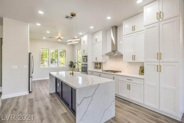 108 Fountainhead Circle, Henderson, NV 89052 (MLS #2308468) :: Lindstrom Radcliffe Group