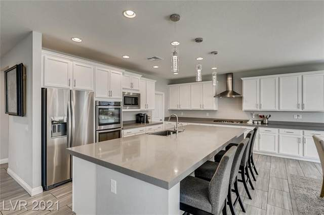 397 Pearl Fountains Court, Las Vegas, NV 89148 (MLS #2315117) :: Lindstrom Radcliffe Group