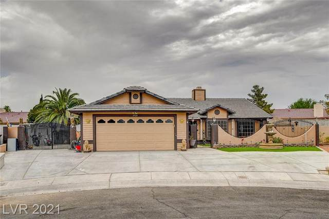 4924 Holly Grove Drive, Las Vegas, NV 89130 (MLS #2315453) :: Lindstrom Radcliffe Group