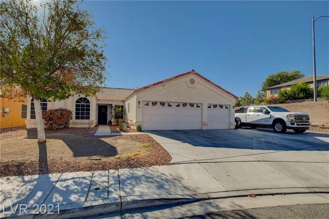 6139 Theatrical Road, North Las Vegas, NV 89031 (MLS #2331163) :: Lindstrom Radcliffe Group