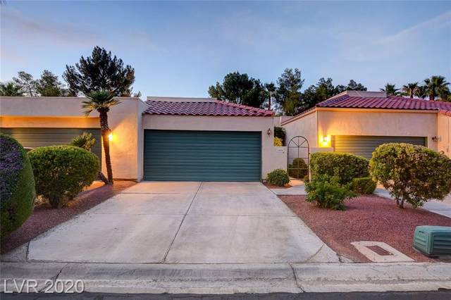 2822 Bridgepointe Drive, Las Vegas, NV 89121 (MLS #2206750) :: Helen Riley Group | Simply Vegas