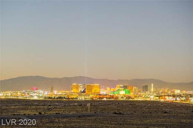 8255 Las Vegas Boulevard #1303, Las Vegas, NV 89123 (MLS #2244143) :: The Lindstrom Group