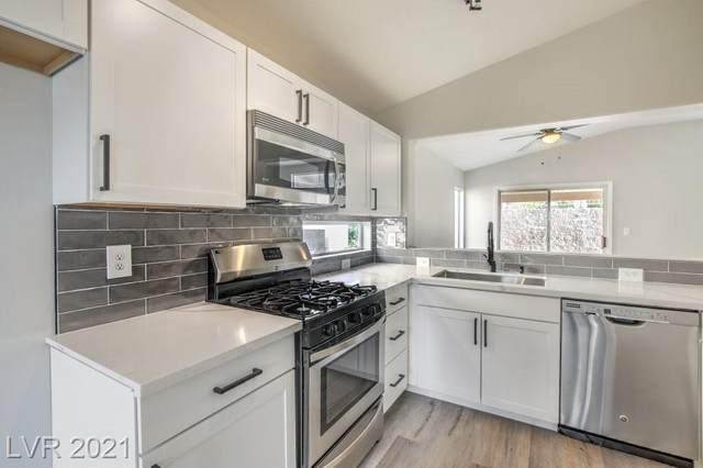 2177 Chapman Ranch Drive, Henderson, NV 89012 (MLS #2304518) :: Galindo Group Real Estate