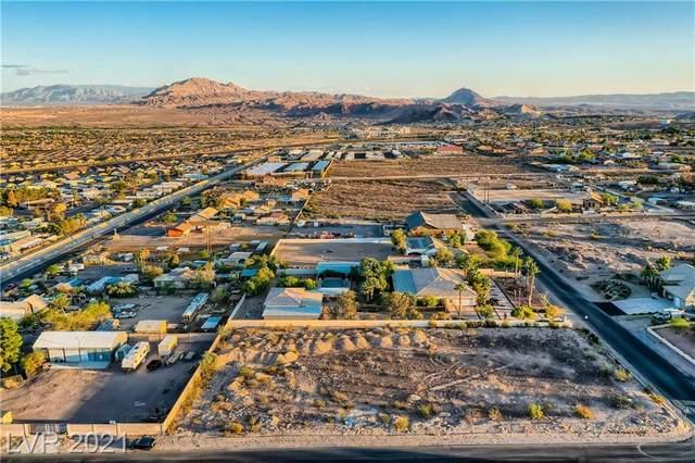 507 N Pueblo, Henderson, NV 89015 (MLS #2340400) :: Team Michele Dugan