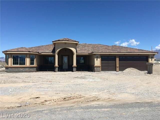 720 E Hickory, Pahrump, NV 89048 (MLS #2145896) :: The Lindstrom Group
