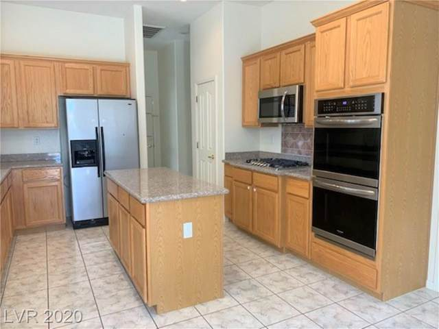 993 Coldwater Falls Way, Las Vegas, NV 89123 (MLS #2217648) :: Jeffrey Sabel