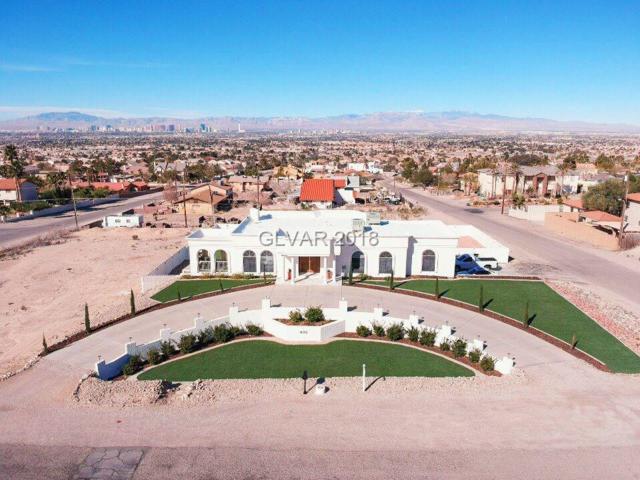 435 Los Feliz, Las Vegas, NV 89110 (MLS #1993205) :: Vestuto Realty Group