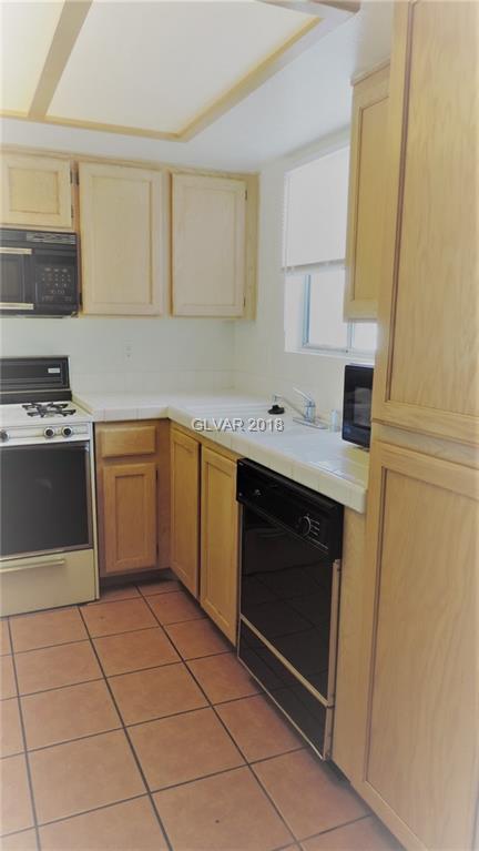 7100 Pirates Cove #2070, Las Vegas, NV 89145 (MLS #1958029) :: Sennes Squier Realty Group