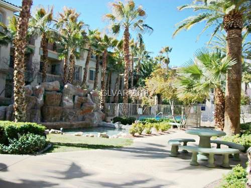 7155 Durango #307, Las Vegas, NV 89148 (MLS #1983572) :: Sennes Squier Realty Group