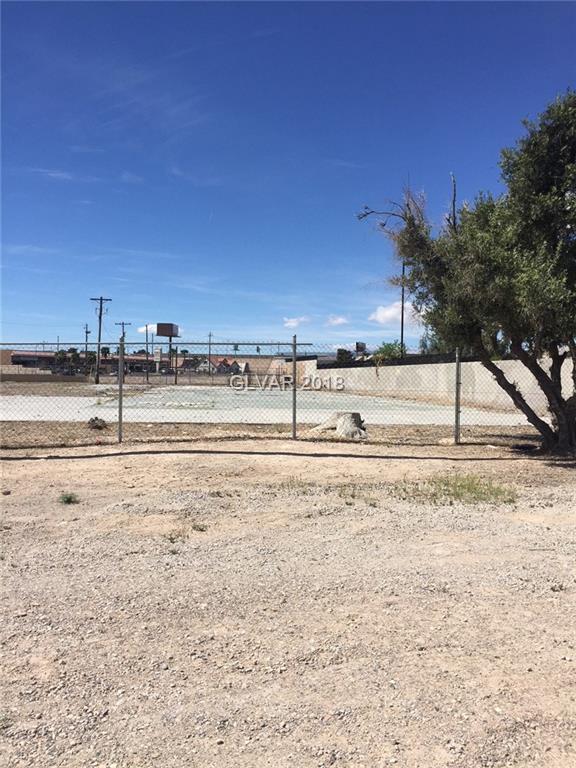 Desert Inn Road, Las Vegas, NV 89121 (MLS #1983986) :: Trish Nash Team