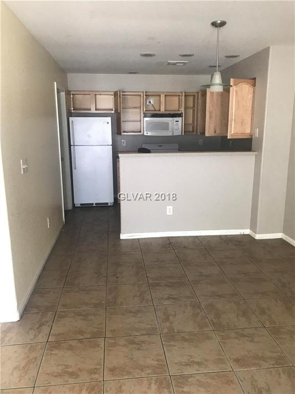 2036 Willowbury B, Las Vegas, NV 89108 (MLS #2019433) :: Sennes Squier Realty Group
