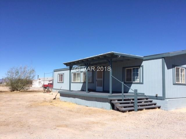 4760 E Savoy, Pahrump, NV 89061 (MLS #2032399) :: The Machat Group | Five Doors Real Estate
