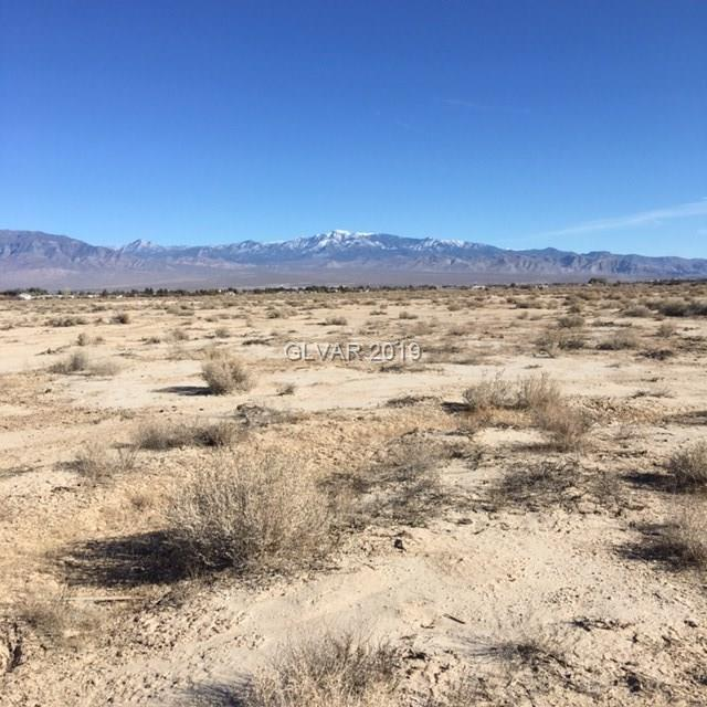 1350 N Bannavitch, Pahrump, NV 89060 (MLS #2058858) :: The Snyder Group at Keller Williams Marketplace One