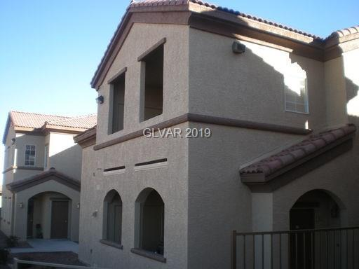 10270 Gilmore Canyon #202, Las Vegas, NV 89129 (MLS #2070233) :: The Snyder Group at Keller Williams Marketplace One