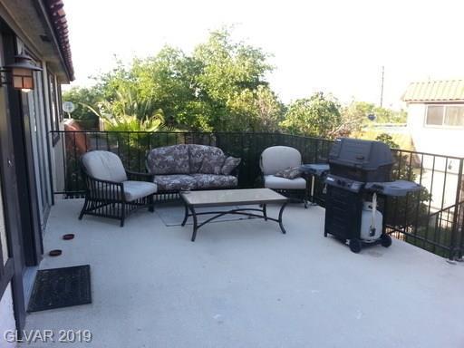 220 Shadybrook D, Las Vegas, NV 89107 (MLS #2076769) :: The Snyder Group at Keller Williams Marketplace One
